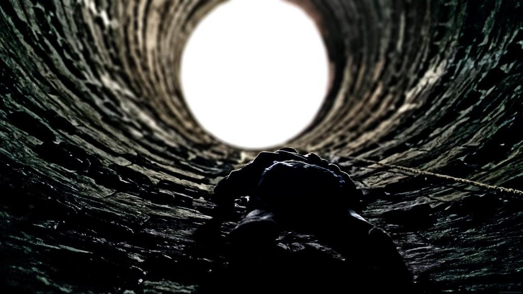batman climbing escape trigger storytelling
