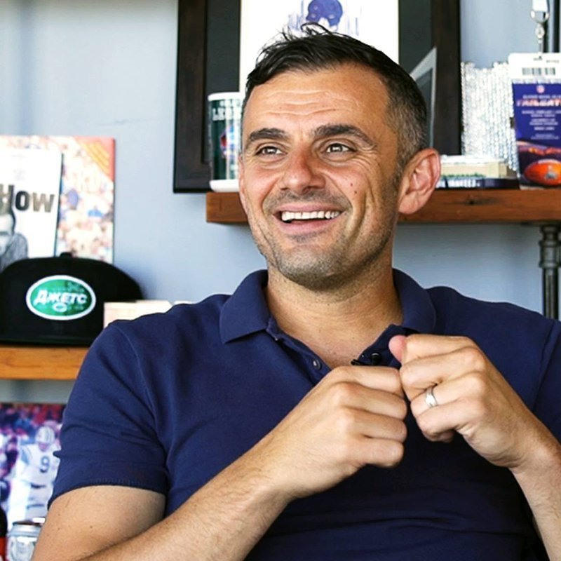 Portrait of Gary Vee in his office